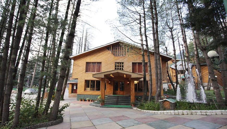 http://grandmumtaz.com/wp-content/uploads/2019/02/Grand-Mumtaz-Resorts-Pahalgam-1.jpg