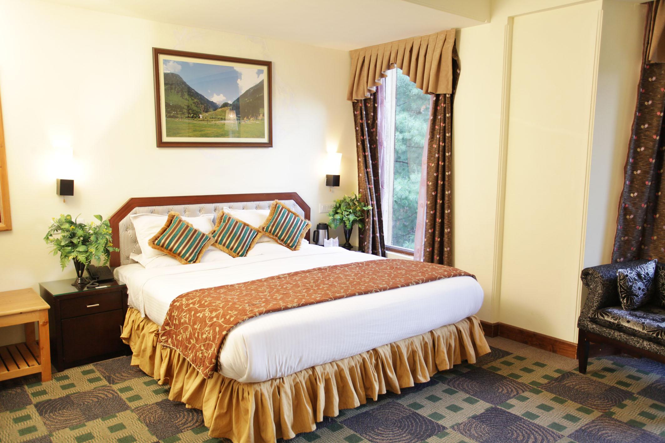 http://grandmumtaz.com/wp-content/uploads/2019/02/grand-mumtaz-resorts-pahalgam-15.jpg