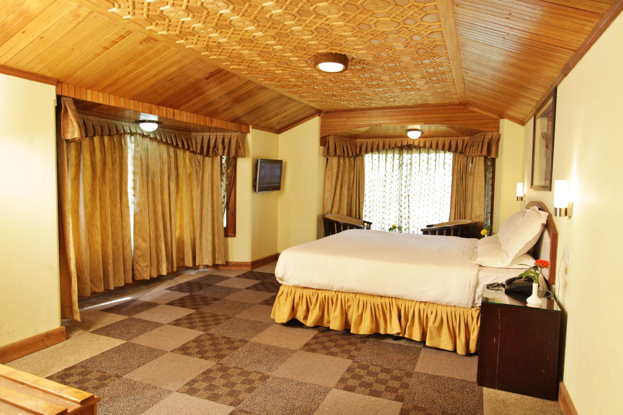 http://grandmumtaz.com/wp-content/uploads/2019/02/grand-mumtaz-resorts-pahalgam-17.jpg