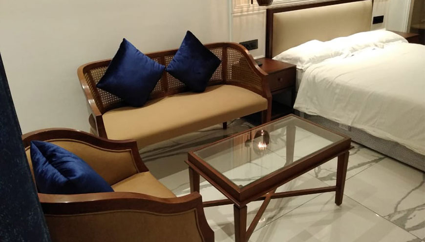 http://grandmumtaz.com/wp-content/uploads/2019/02/hotel-rani-castle-new-delhi-4-1-1.jpg