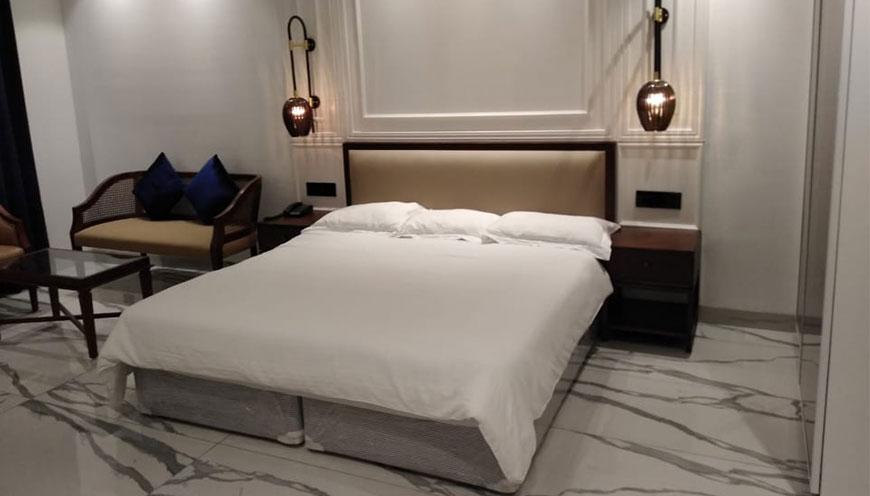 http://grandmumtaz.com/wp-content/uploads/2019/02/hotel-rani-castle-new-delhi-4-5-1.jpg