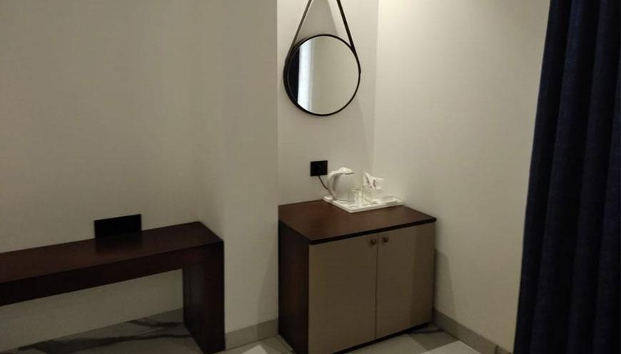 http://grandmumtaz.com/wp-content/uploads/2019/02/hotel-rani-castle-new-delhi-4-6-1.jpg