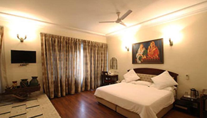 http://grandmumtaz.com/wp-content/uploads/2019/02/pee-fiftyone-apartment-new-delhi-1.jpg