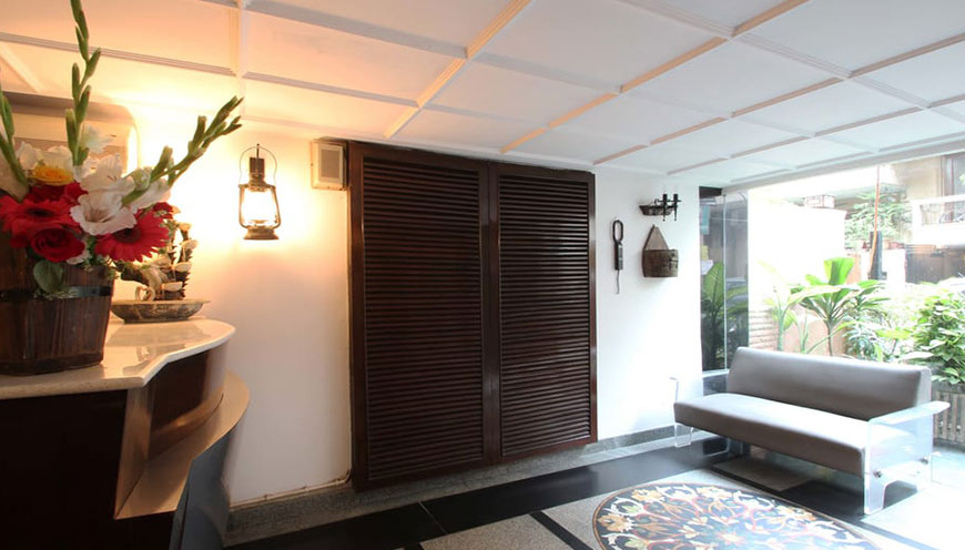 http://grandmumtaz.com/wp-content/uploads/2019/02/pee-fiftyone-apartment-new-delhi-4.jpg